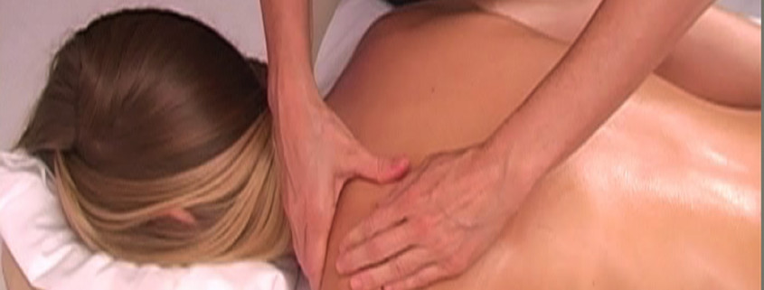 massage-hands-on-body